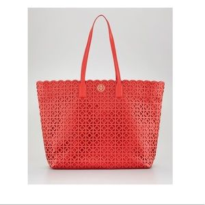 TORY BURCH | Kelsey Laser-Cut East-West Tote Bag